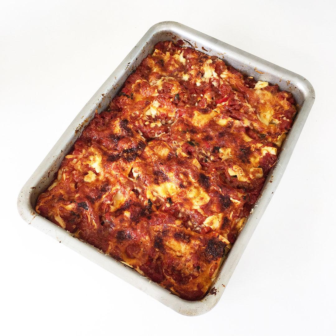 Vegetarisk lasagne med zucchini och spenat
