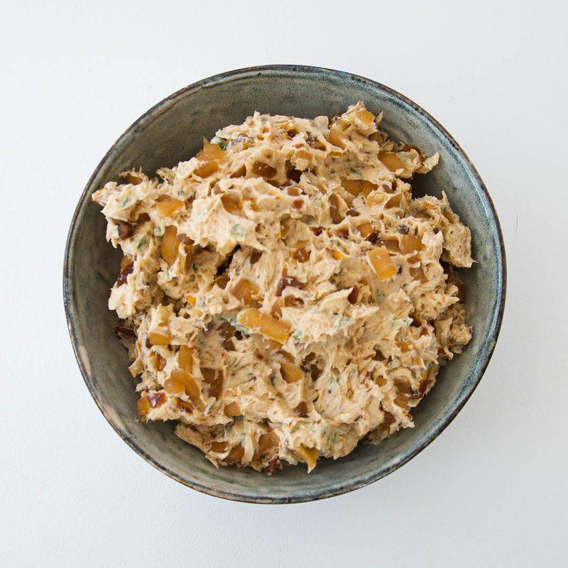 Kryddsmör till kött som du kommer älska. Passar till alla sorters kött som exempelvis grillad eller stekt entrecôte, lövbiff eller ryggbiff.