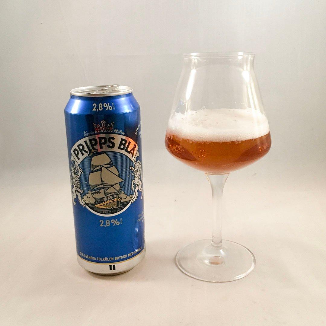 Pripps Blå 2,8% är svensk klassiker med lägre alkoholhalt.