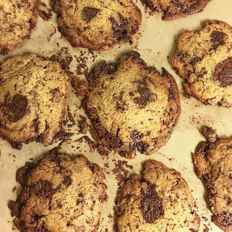 Chocolate Chip Cookies som DU lyckas med. Imponera på familj och vänner med välsmakande chokladkakor.