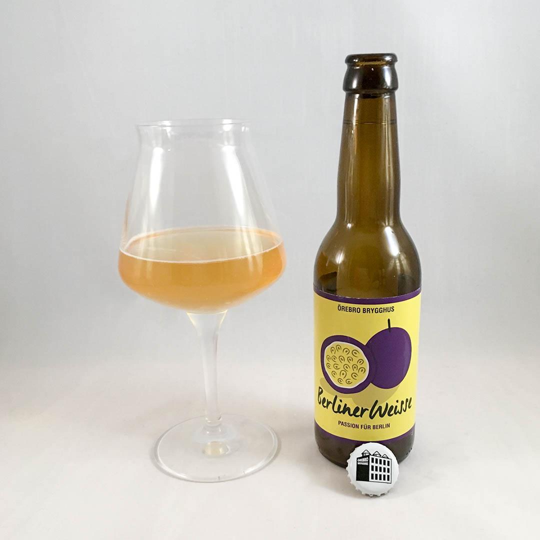 Örebro Brygghus Passion Für Berlin är syrlig intensiv öl av stilen berliner weisse.