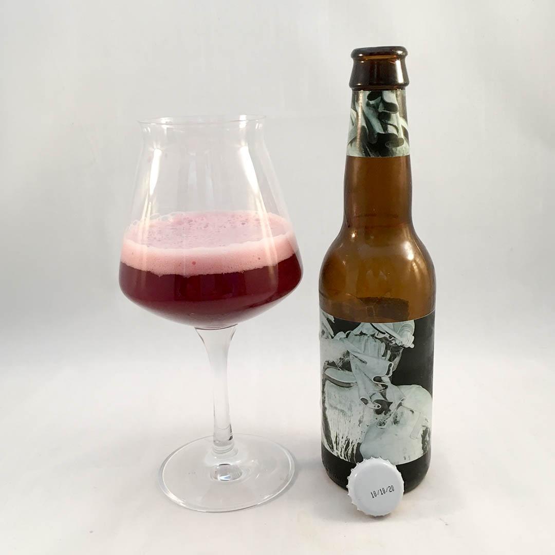 To Øl 1 Ton Of… Blackcurrant smakar svarta vinbär. Ja den doftar svarta vinbär också.