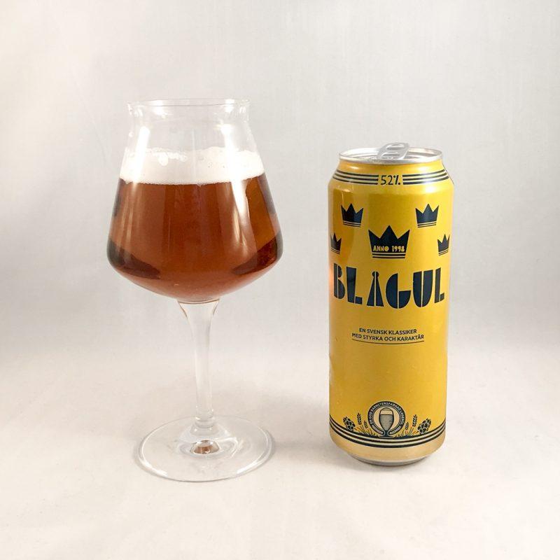 Blågul 5,2% är inte en svensk klassiker och inte en öl jag dricker i sportsammanhang. Inte vid andra tillfällen heller.