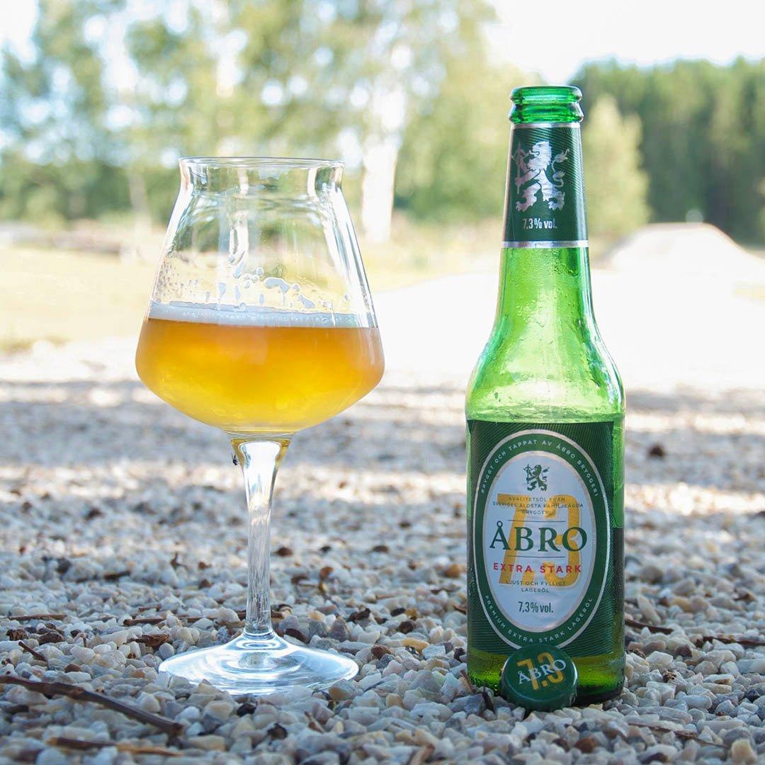 Åbro Original 7,3% har ingen angenäm smak som imponerar. Smaken av alkohol går igenom.