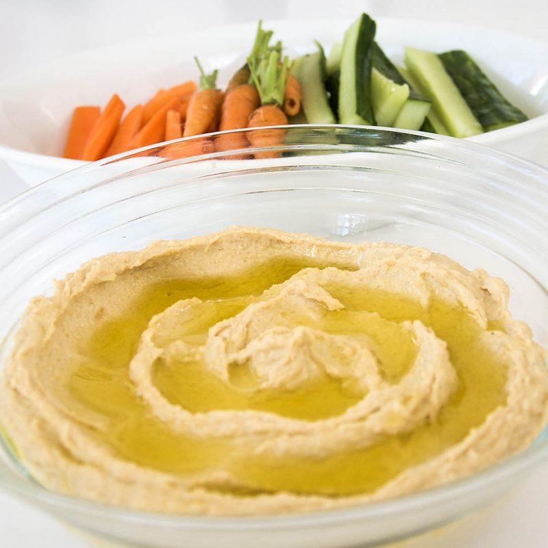 Hummus - Klassiskt enkelt recept som alla lyckas med.
