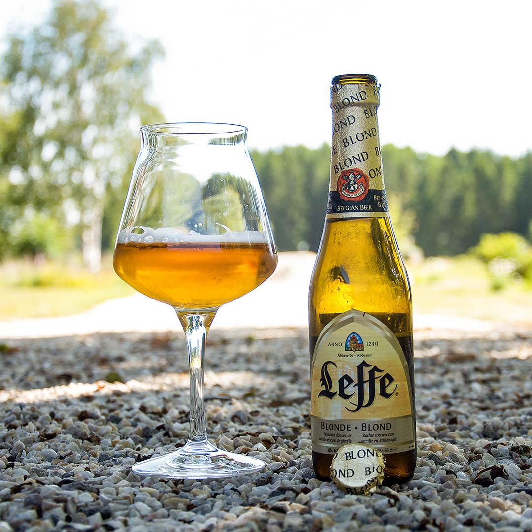 Leffe Blond är stabil belgisk öl som är svår att inte tycka om.