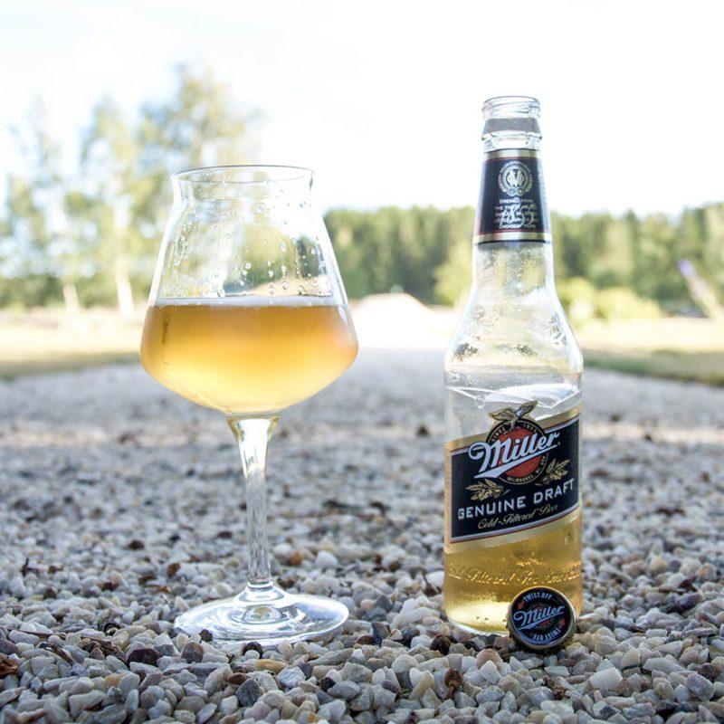 Miller Genuine Draft har en tunn, vattnig och tråkig smak som inte imponerar.