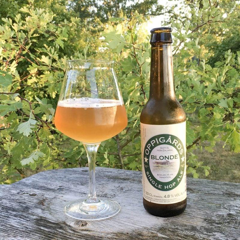 Oppigårds Single Hop Ale gör mig lite besviken, då den inte når upp till den kvalitet som jag är van vid från Oppigårds.