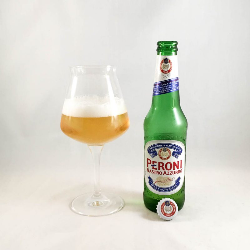 Peroni Nastro Azzurro förändrar inte världen och den smakar nog bäst i sitt hemland.