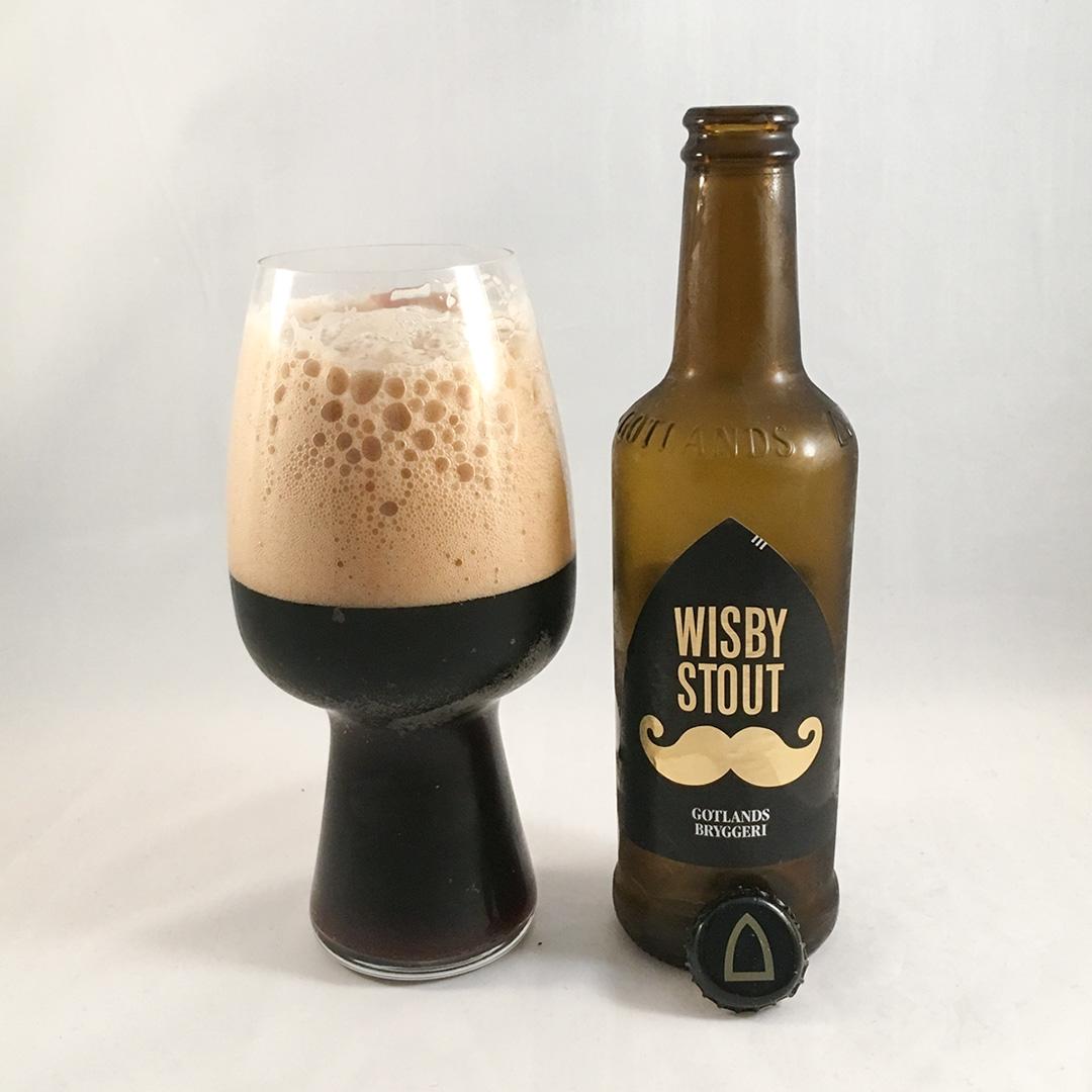 Wisby Stout från Gotlands Bryggeri är feg och återhållsam öl.