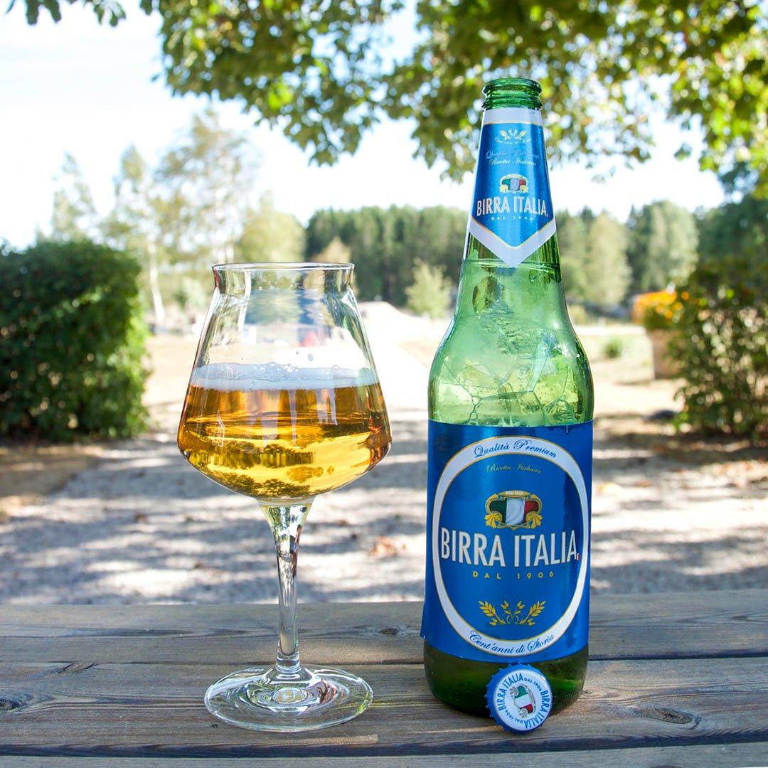 Birra Italia är välsmakande öl att dricka som sällskapsdryck eller mat.