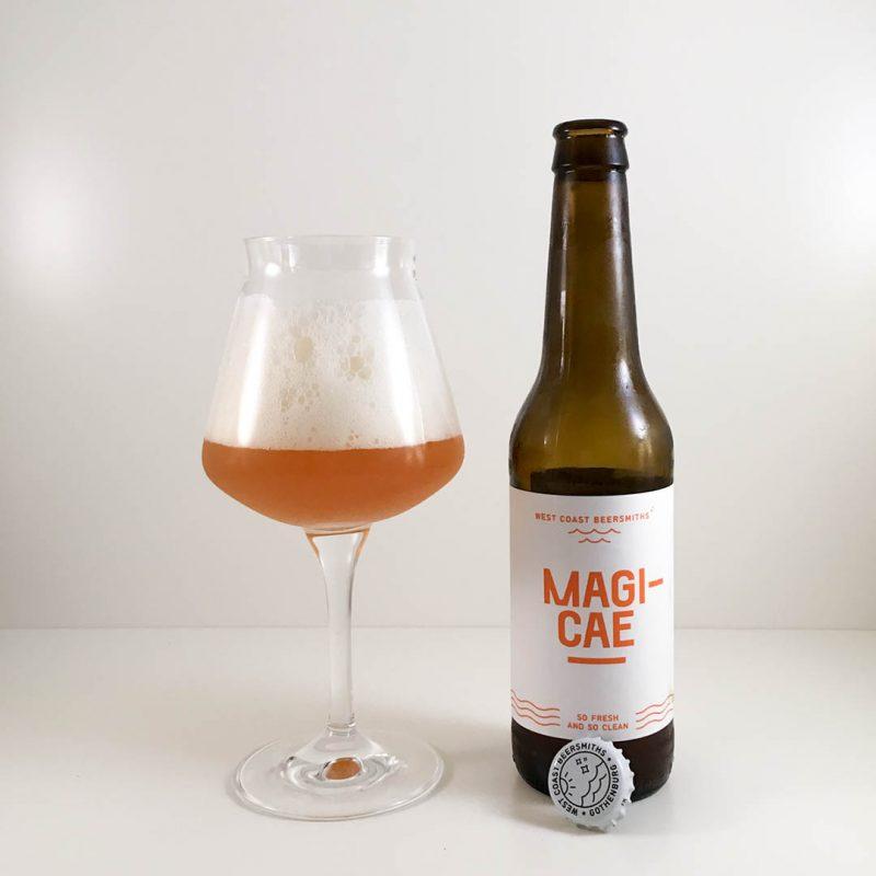 Magicae från West Coast Beersmiths gör mig lite besviken faktiskt och jag har druckit godare öl av stilen amerikansk pale ale.