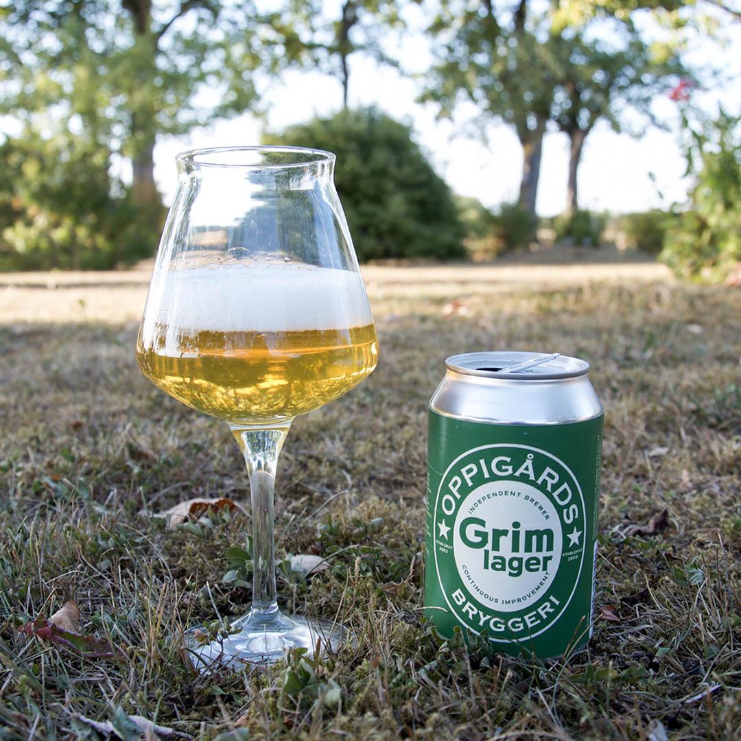Oppigårds Grim Lager är välsmakande öl från Oppigårds Bryggeri.