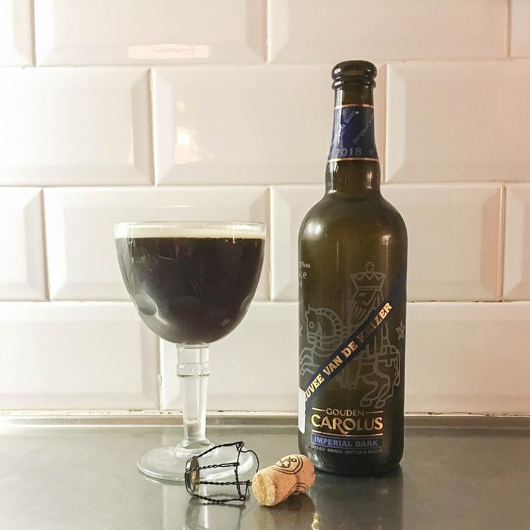 Gouden Carolus Cuvee van de Keizer Imperial Dark 2018 har komplex doft och smak.
