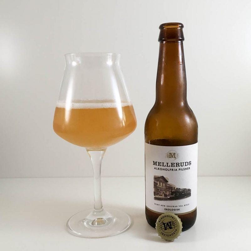 Melleruds Alkoholfria Pilsner passar bäst som måltidsdryck. I övrigt så händer det inte så mycket i doft och smak.
