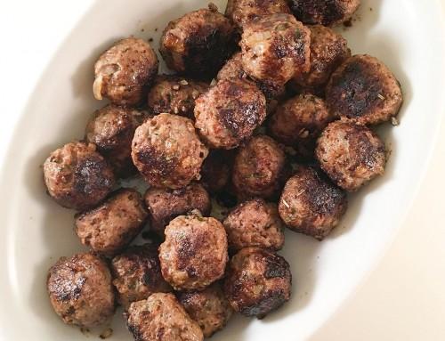 Örtiga köttbullar – recept på välsmakande köttbullar som du lyckas med