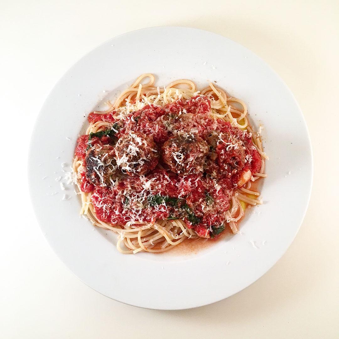 Polpette al Sugo - köttbullar i tomatsås med pasta. Klassiker som alla älskar.