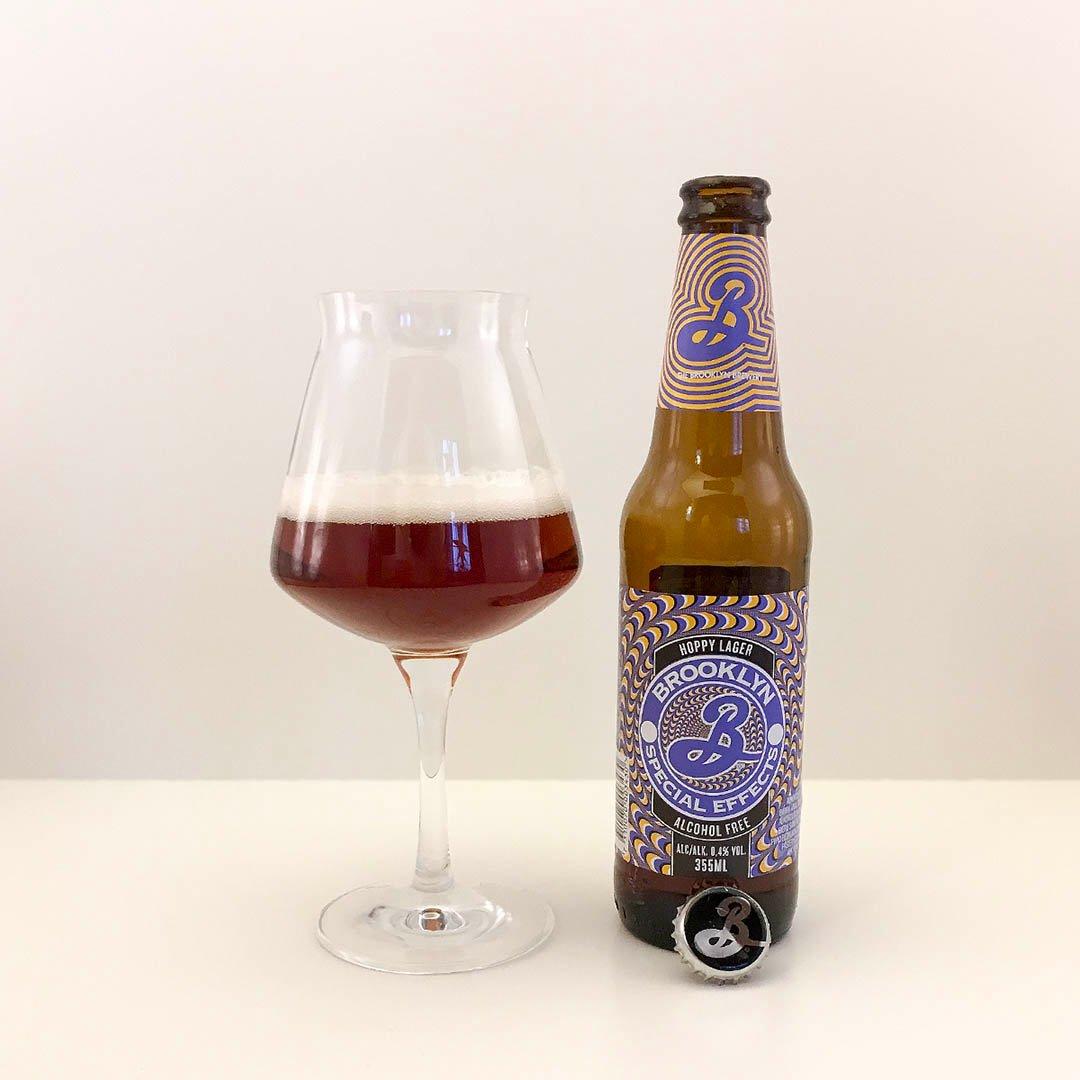 Brooklyn Special Effects är smakfull alkoholfri öl av bland annat sirapslimpa och grapefrukt.