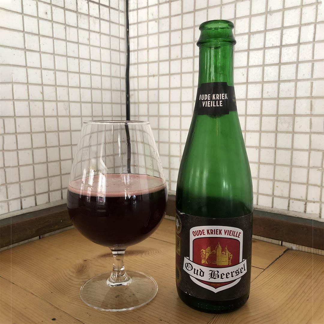 Oud Beersel Oude Kriek Vieille har smak av körsbär. Den är rätt så endimensionell i sin smak.