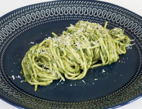 Pasta med mangoldpesto – Recept på lättlagad middag