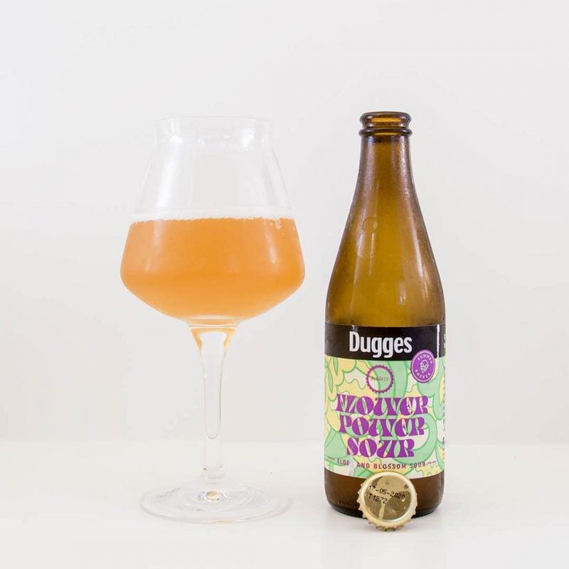 Flower Power Sour från Dugges Bryggeri har trevlig doft och smak.