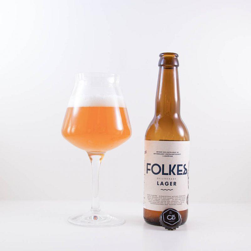 Folkes Ofiltrerade Lager är välsmakande öl att dricka som sällskapsdryck eller till all sorts mat.