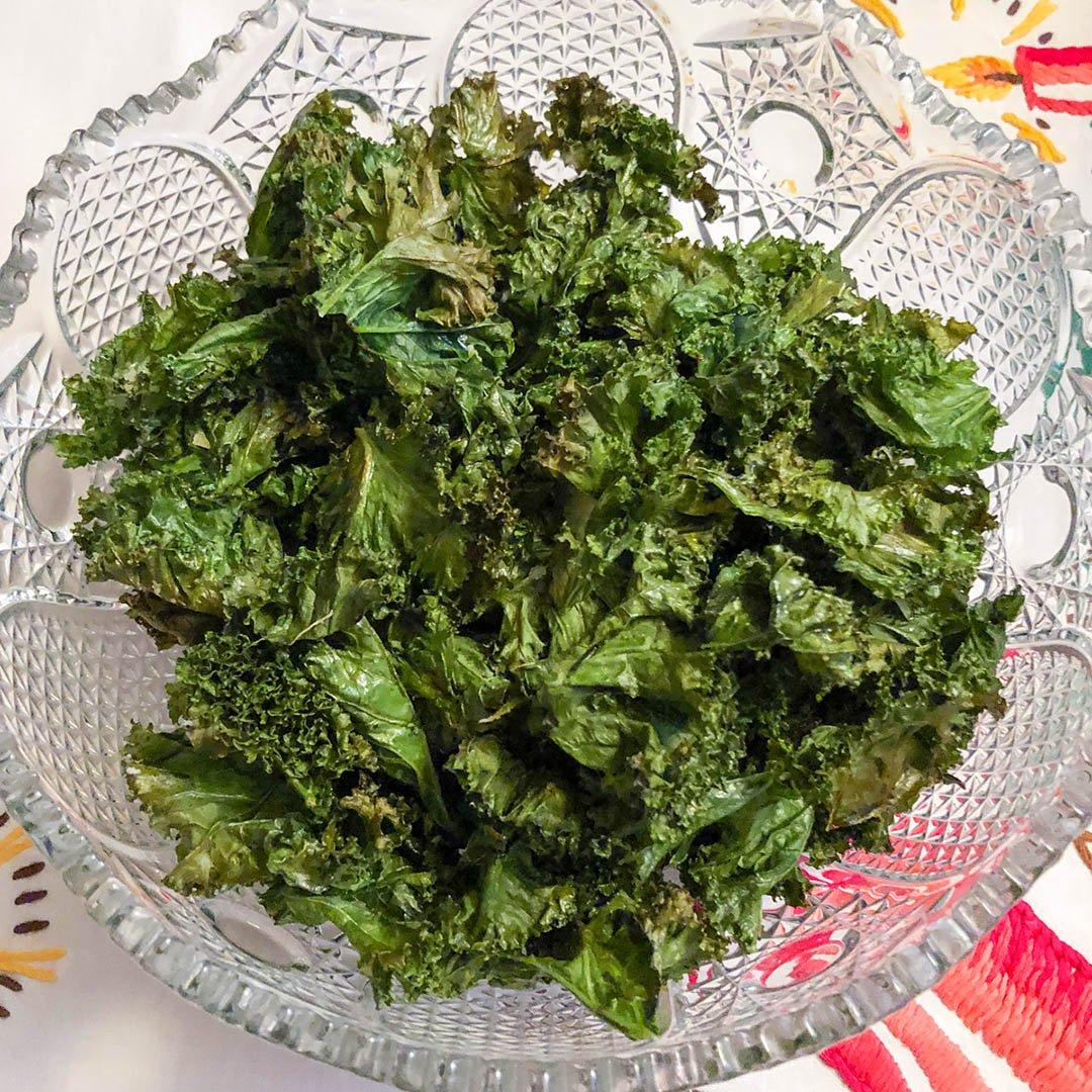 Grönkålschips - recept på gott och nyttigt snacks som du lyckas med.