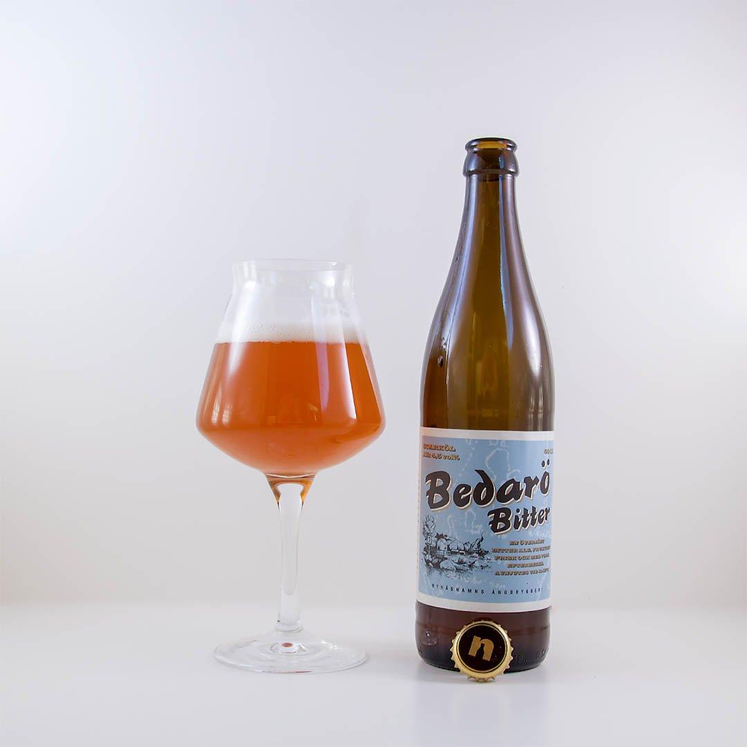 Bedarö Bitter från Nynäshamn Ångbryggeri är välsmakande öl.