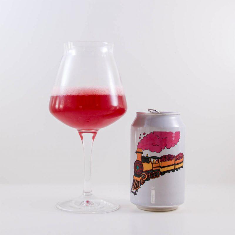 Fruit Train från Fermenterarna Bryggeri är välsmakande öl. Denna dricker du främst som sällskapsdryck.