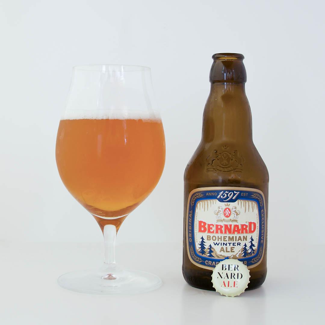 Bernard Bohemian Winter Ale smakar alkohol och det är på det stora hela ingen angenäm smak.