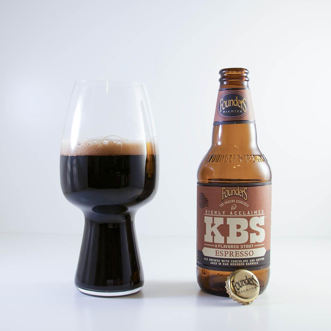 Founders KBS Espresso är som sin egna efterrätt med komplexa dofter och smaker.