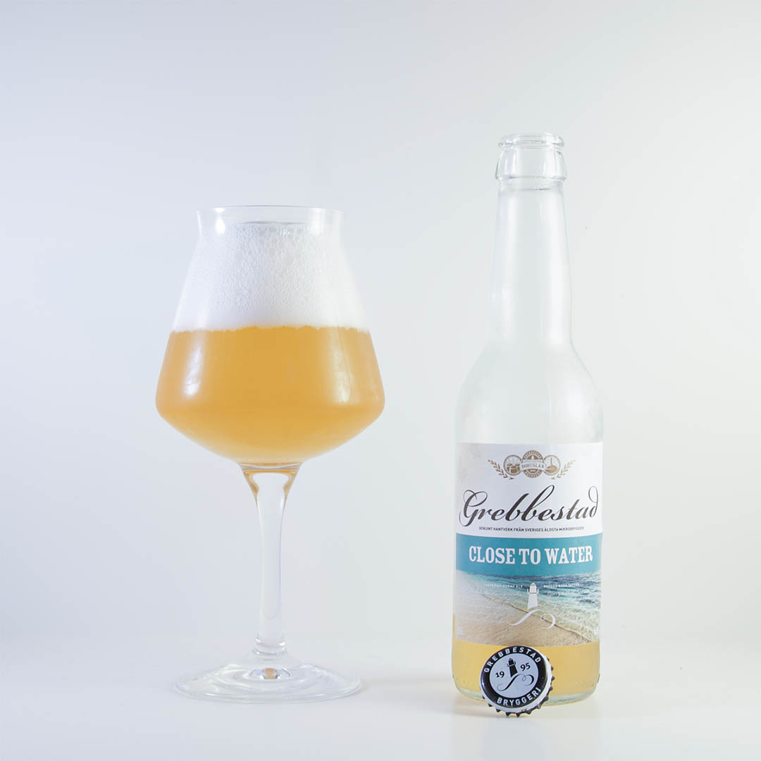 Close To Water från Grebbestad Bryggeri är lättsam men vattnig öl.