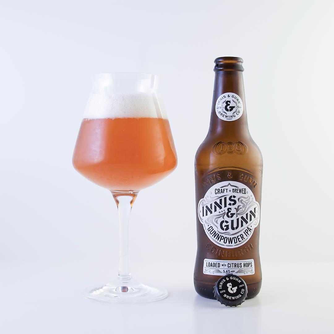 Gunnpowder IPA från Innis & Gunn har inget boom i smaken. Den är lite tråkig.