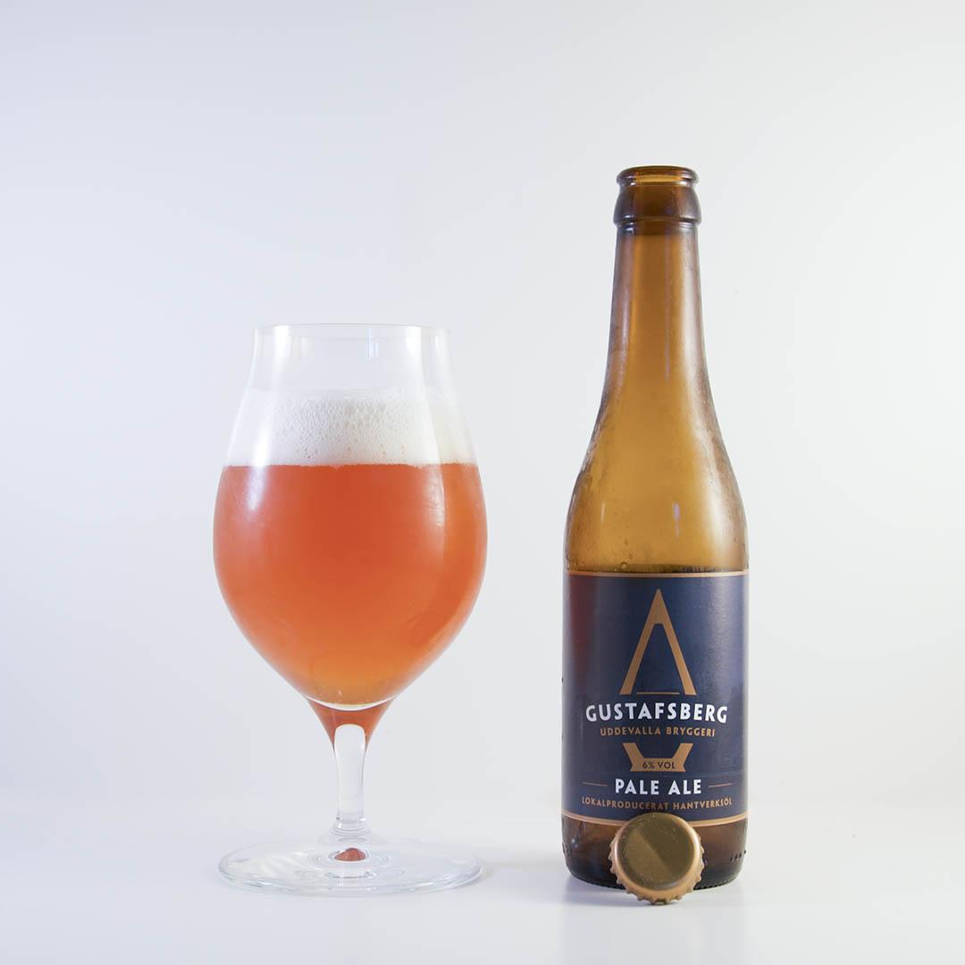 Gustafsberg Pale Ale från Uddevalla Bryggeri är en besk upplevelse.