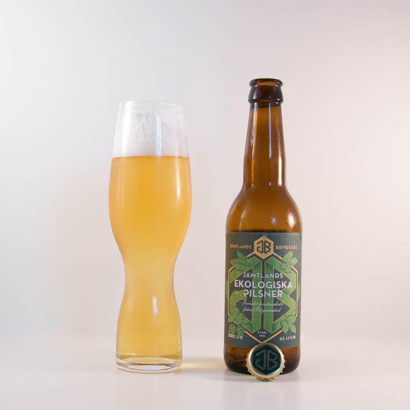Jämtlands Ekologiska Pilsner från Jämtlands Bryggeri AB har en trevlig smak.