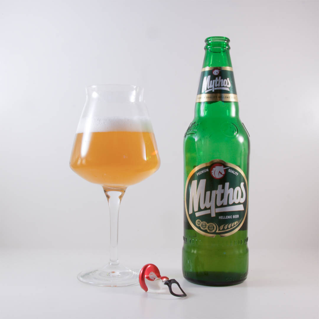 Mythos Lager från Mythos Breweries har en utlandskänsla över sig.