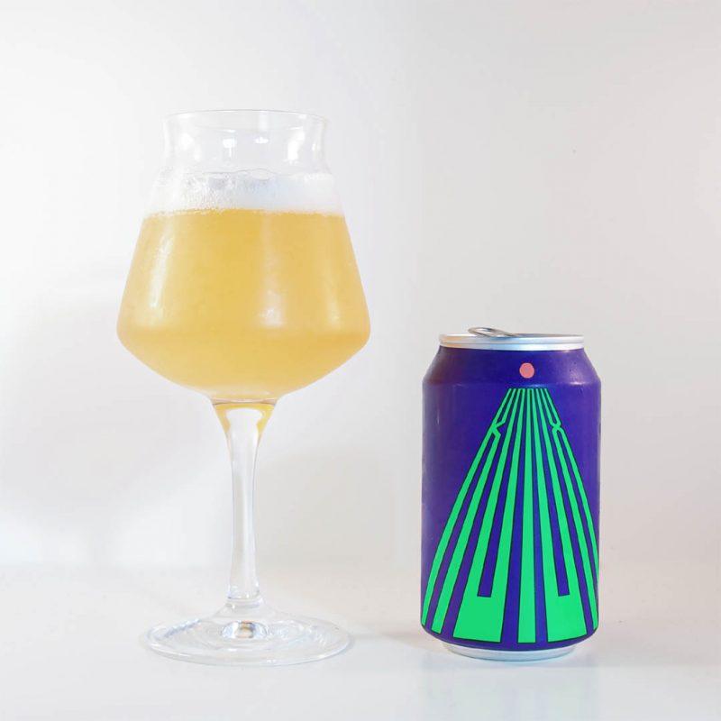 Omnipollo Konx är trevlig alkoholfri IPA. Denna dricker du som sällskapsdryck eller välkomstdrink.