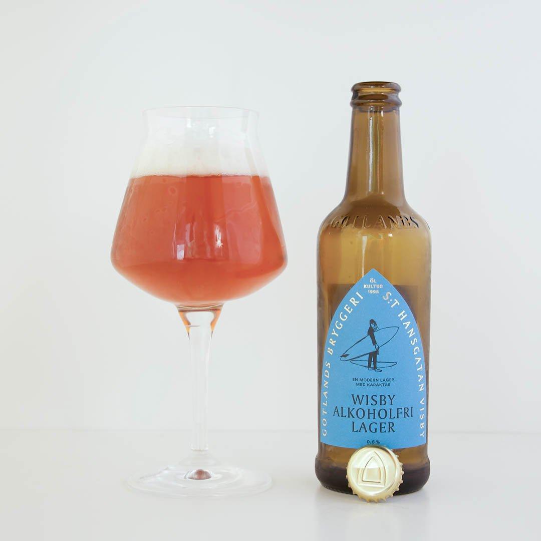Wisby Lager Alkoholfri från Gotlands Bryggeri är helt okej öl.