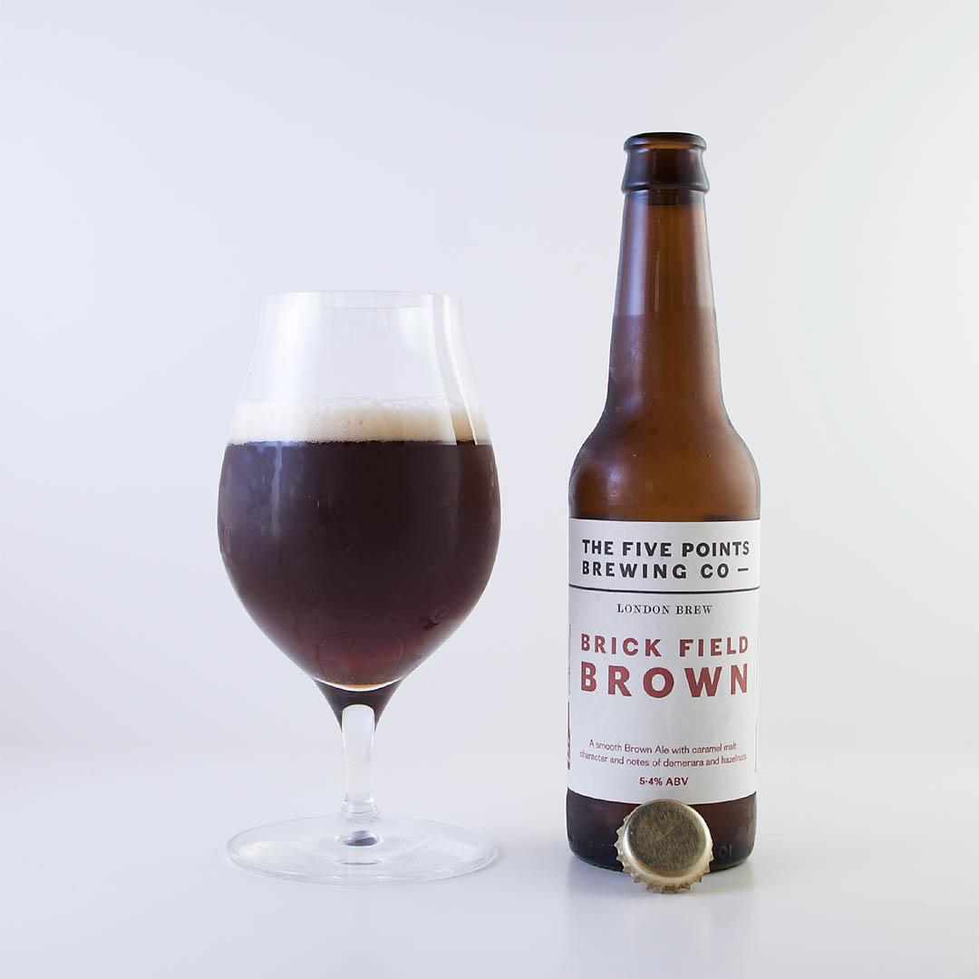 Brick Field Brown från The Five Points Brewing Company är en trevlig öl av stilen brown ale.