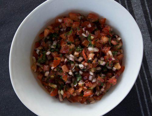 Tomatsalsa – Enkelt recept som passar till kött, fågel eller fisk