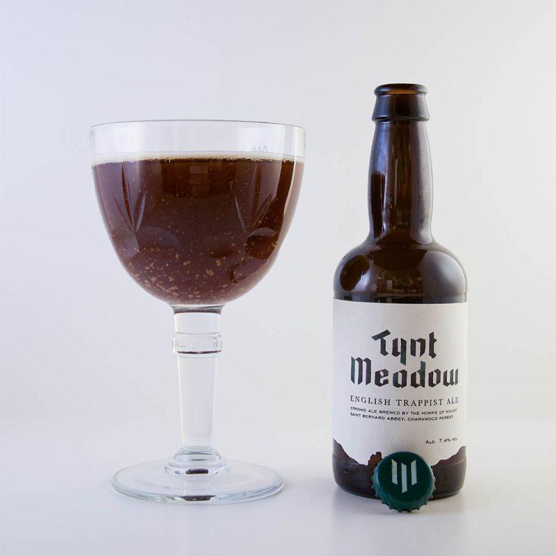Tynt Meadow English Trappist Ale från Mount St Bernard Abbey är välsmakande engelsk trappistöl.