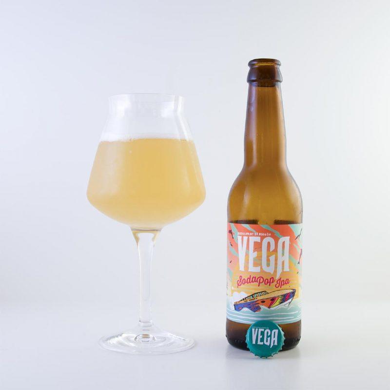 Soda Pop IPA 3,5% från Vega Bryggeri är flytande godis på flaska.