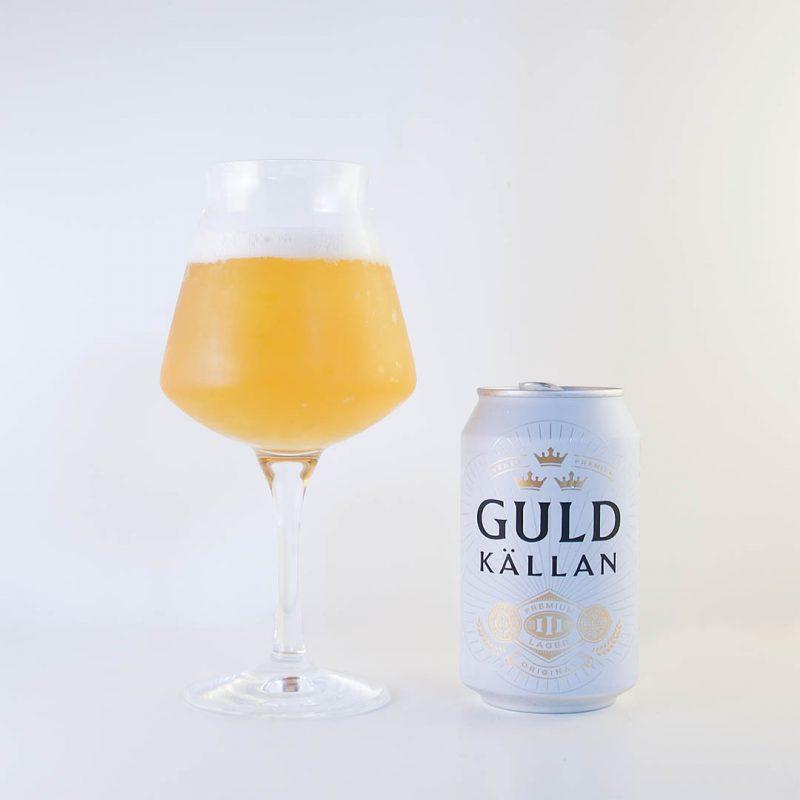 Guldkällan från Spendrups Bryggeri är prisvärd öl som smakar bra för det man får i burken.