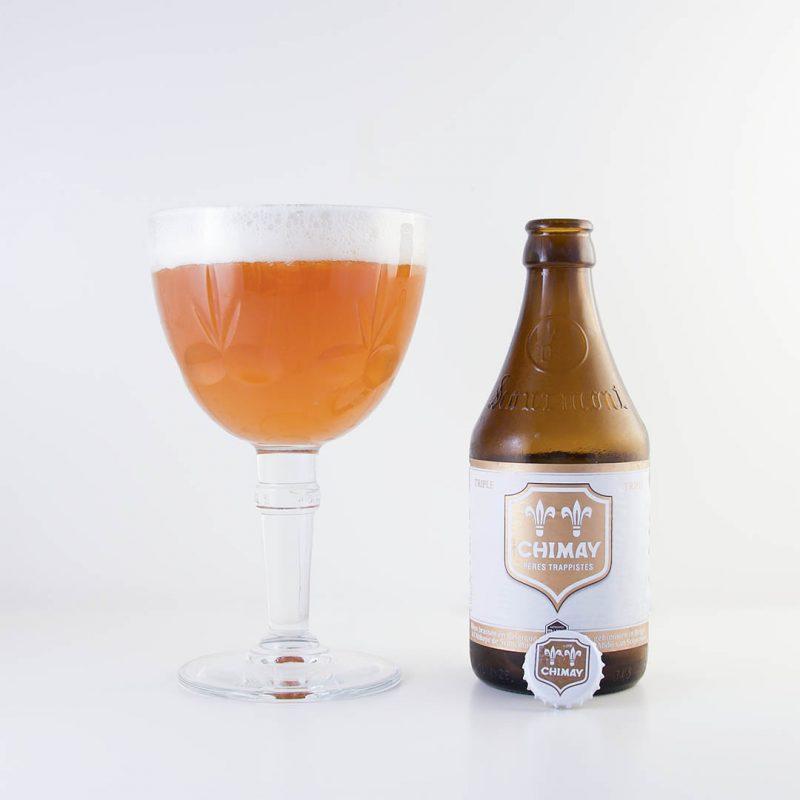 Chimay Vit är en trevlig öl av stilen tripel. Men kanske jag hade önskat lite mindre beska.